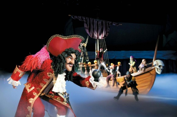 Disney-on-Ice-Treasure-Trove-credit-Feld-Entertainment