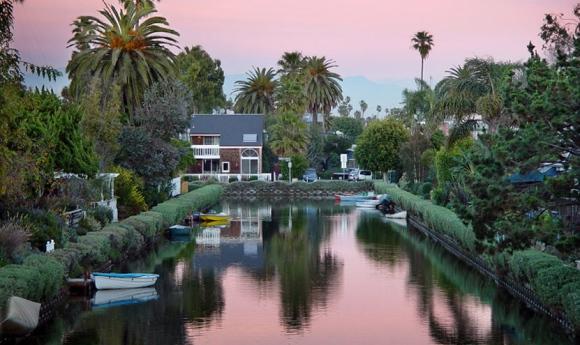 venice-beach-canals