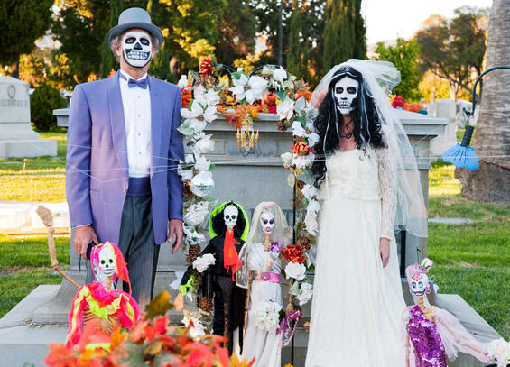 11th-annual-dia-de-los-muertos-at-hollywood-forever-cemetery-1-5573754-87