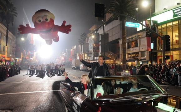 20121125_095349_dn26-hollywood-parade06web